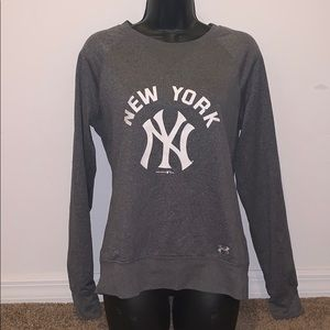 New your Yankees ladies sweater